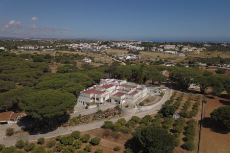 Farm, Western - Porches, Lagoa (Algarve)